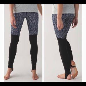 Lululemon size 4 Gray and Black Leggings